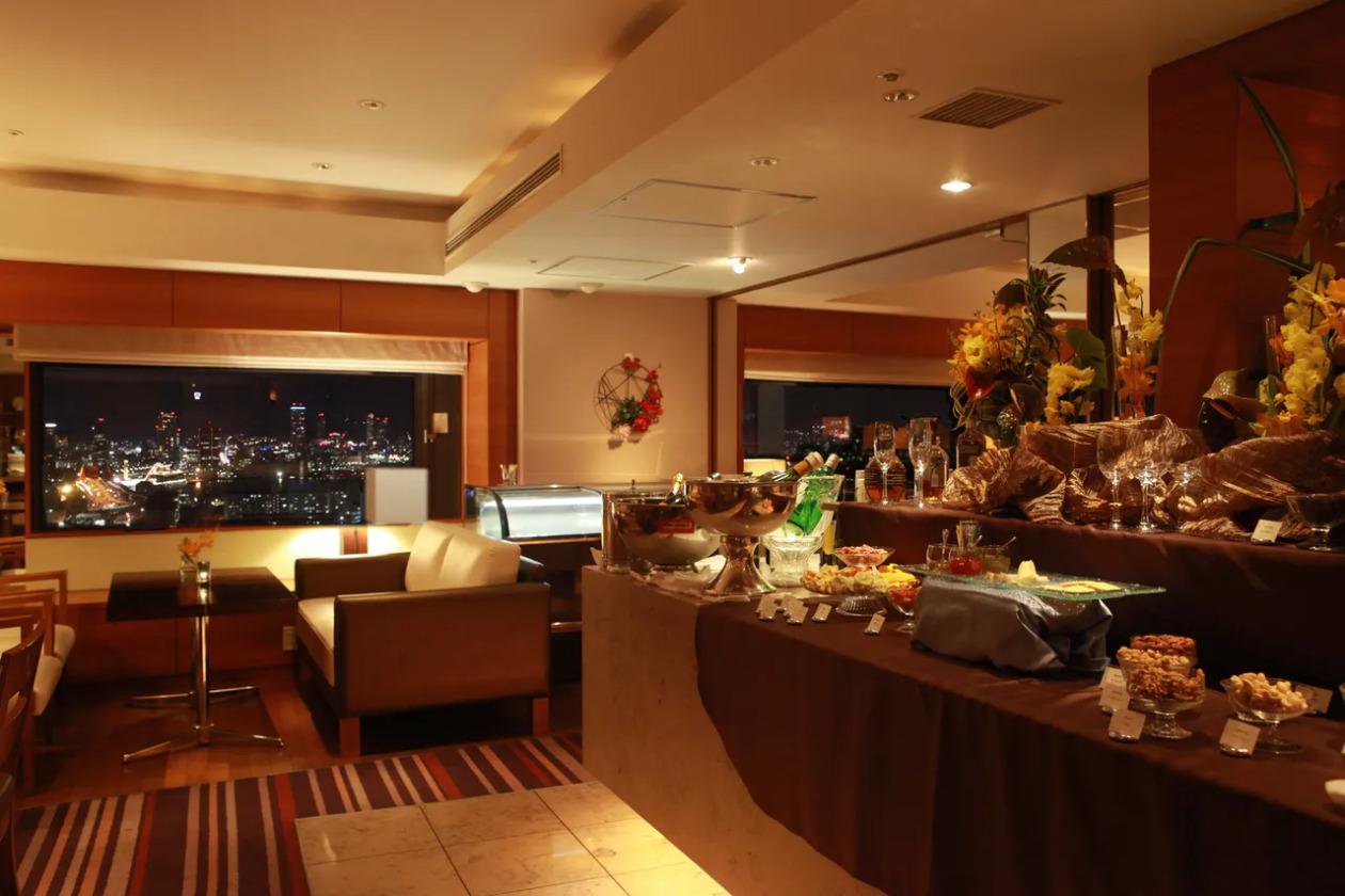 神戸ポートピアホテル、クラブラウンジ