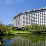 [ヒルトン小田原リゾート&スパ]国内ヒルトンホテルカテゴリ最高ランク。高台にそびえ立つヒルトンホテル。