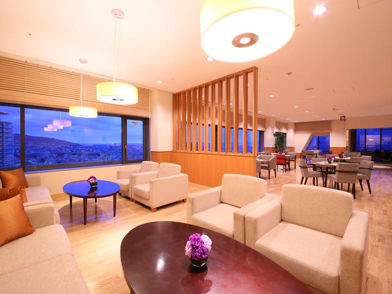 ANAクラウンプラザホテル神戸、クラブラウンジ