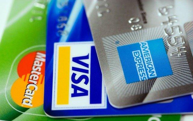 カード、クレジット